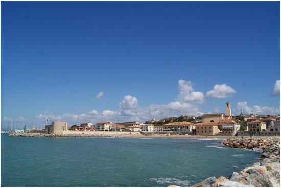 San Vincenzo Italy Map Widok Na Miasto Od Strony Plaa Y Bild Von Marina Di San Vincenzo